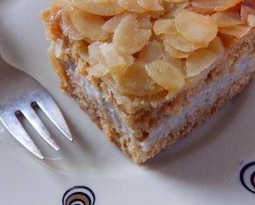 Harzer Bienenstich, gefüllt mit Luxus-Vanillepudding