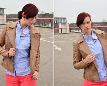 Büro Outfit = Bleistiftrock und Stoffhose?