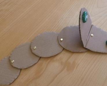 Recykling-Basteln: Kastagnetten-Klapperschlangen