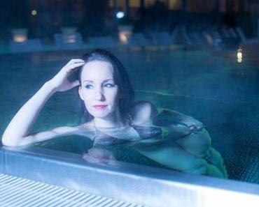 Swimwear Shooting – Abendstimmung Pool und Nebel