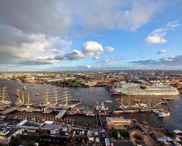 Nicht nur gucken, auch anfassen: AIDA bietet neue Termine für Schiffsbesuche in Hamburg, Warnemünde und Kiel an