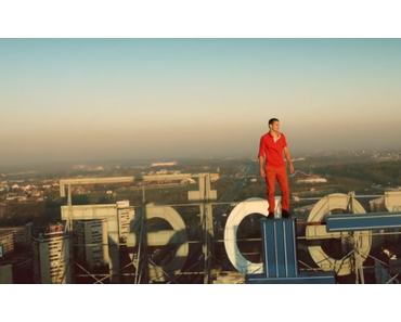 Videopremiere: Klangkarussell – (Netzwerk) Falls like Rain