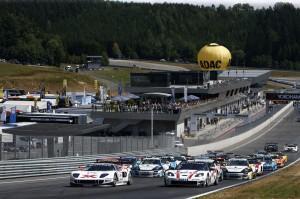 ADAC GT Masters 2014: Berg- und Talfahrt auf dem Red Bull Ring in Österreich