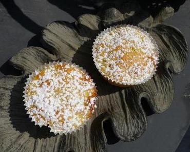 let's cook together: Fruchtalarm - Rhabarbermuffins mit Buttermilch