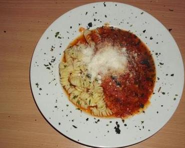 Testkochen die Zweite - Fusilli mit Tomatensoße