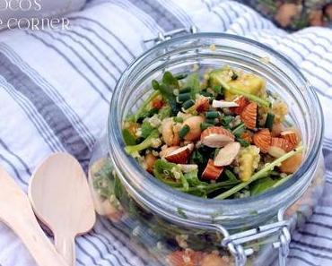 Quinoa Salat mit Aprikose und Rucola - Picknick Themenwoche