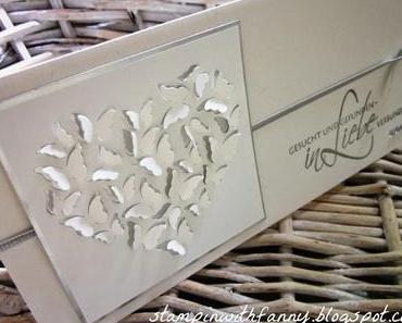 Edle Hochzeitskarte in silber-weiß