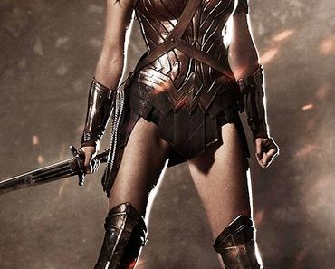 "Capes & Trunks: News zu ""Arrow"", dem ""DC Cinematic Universe"", ""Blade"" und ""Greatest American Hero"""
