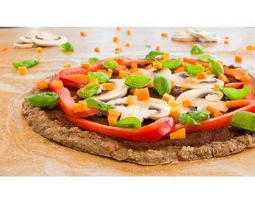 Nur 3+3 Zutaten für eine köstliche Rohkost-Pizza