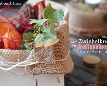 Mini-Zwiebelkuchen mit dreierlei Topping und bunte Herbstdeko