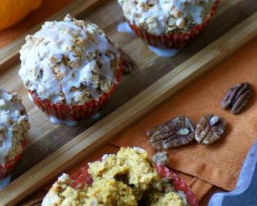 Booooh! Halloween naht und ich habe die allerköstlichsten Pumpkin-Muffins mit Streuseln!!!