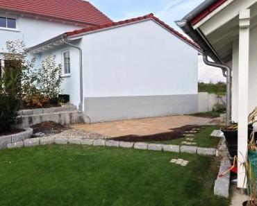 Pflaster für unser Gartenhaus fertig