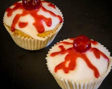Ideen fürs Halloween Buffet: Blutige Augen Törtchen