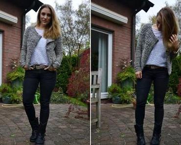 Herbstoutfit: Jacke aus Bouclégarn