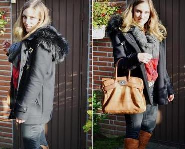 Outfit: Zara Mantel mit Fake Fur.