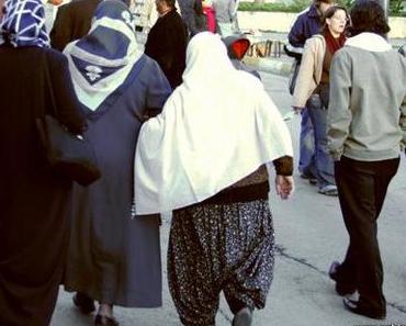 Burka oder Hidschab – Ganzkörperschleier in Deutschland
