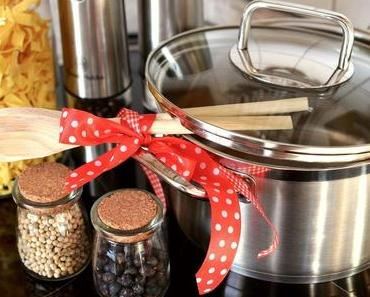 """Helfer beim Kochen: meine 7 """"Must haves"""" für die vegane Küche + Einkaufstipps"""