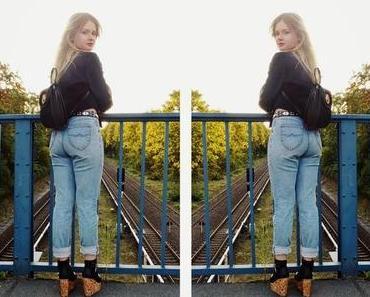 Boyfriend Jeans & Crop Blazer