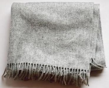 Acne Canada Schal Alternative