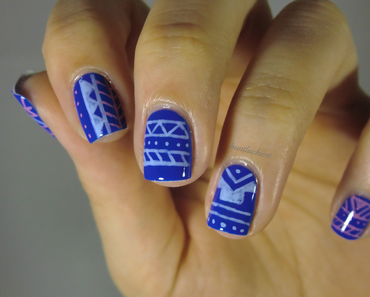 Blue Aztec-Nails