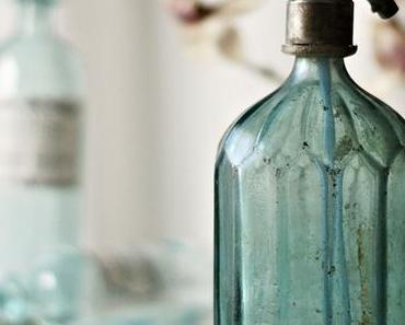 {OUR BEAUTIFUL WORLD} Bottles, Flaschen, Bouteilles!