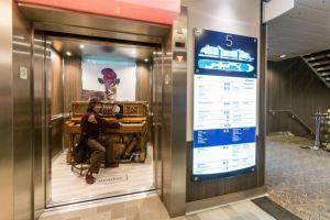 Pianokonzert im Fahrstuhl, Giraffe und Puzzle-Room: Das neue Kreuzfahrtschiff Anthem of the Seas rockt