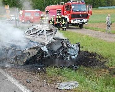 Autounfall Reichenbach-Steegen und Mackenbach – Auto gerät in Brand -Fahrer tödlich verletzt