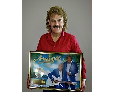 Sony Music: Gold für Johnny Bach