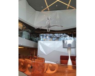 Kunst hoch 6.000: Umfassende Kunstsammlung auf TUI Cruises Neubau Mein Schiff 4 bietet Gästen zeitgenössische Kunst