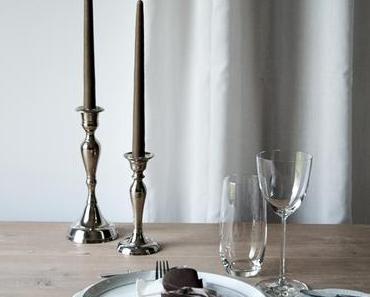 {BUNT IST DIE WELT} Der schön gedeckte Tisch