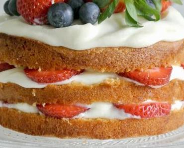 Naked Cake - Erdbeer Torte mal anders