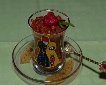 Süßer Milchreis mit karamelisierten Himbeeren (lacto-vegetarisch)