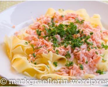 Freitagsfisch: Pasta, Pasta! – Breite Bandnudeln mit Gin-Lachs und Rahmsauce