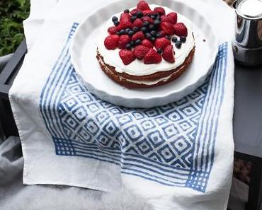 Rosmarin Joghurt Cake