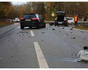 Zwei Tote Autounfall A13